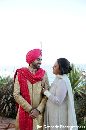 Indian-wedding-groom-and-mother-portrait-outdoors