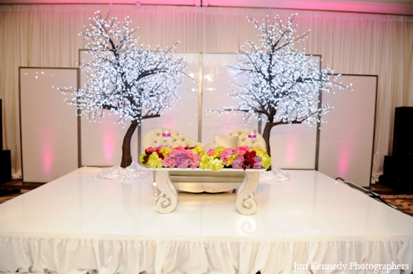 Indian-wedding-reception-decor-floral-ideas
