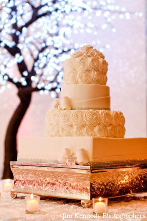 Indian-wedding-reception-wedding-cake-floral-ideas