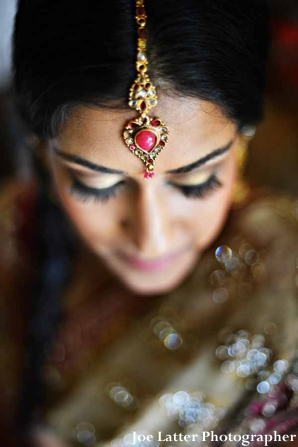 Indian-wedding-bridal-portrait-gold