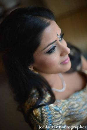 indian-wedding-bridal-portrait-reception