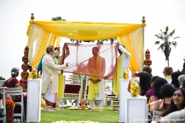 Indian-wedding-bride-mandap-outdoor-ceremony