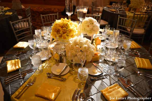 Indian-wedding-table-setting-centerpiece