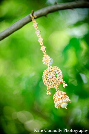 Indian wedding tikka bridal jewelry in Neptune, New Jersey Indian Wedding by Kate Connolly Photography