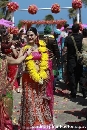 Indian-wedding-bride-bright-yellow-jai-mala