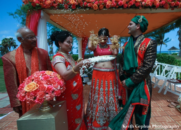 Indian-wedding-rice-throwing-tradtional-ceremony