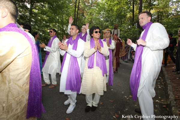 Indian-wedding-baraat-dancing-guests