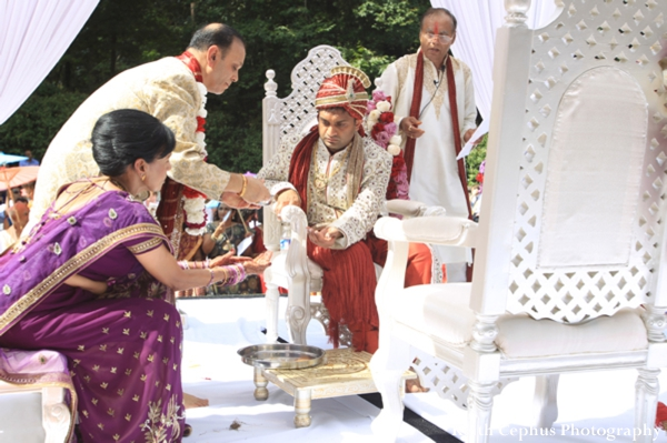 Indian-wedding-ceremony-groom-bride-customs
