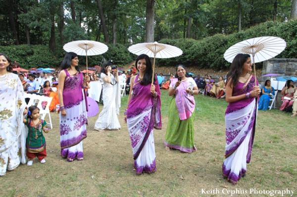 Indian-wedding-ceremony-guests-umbrellas