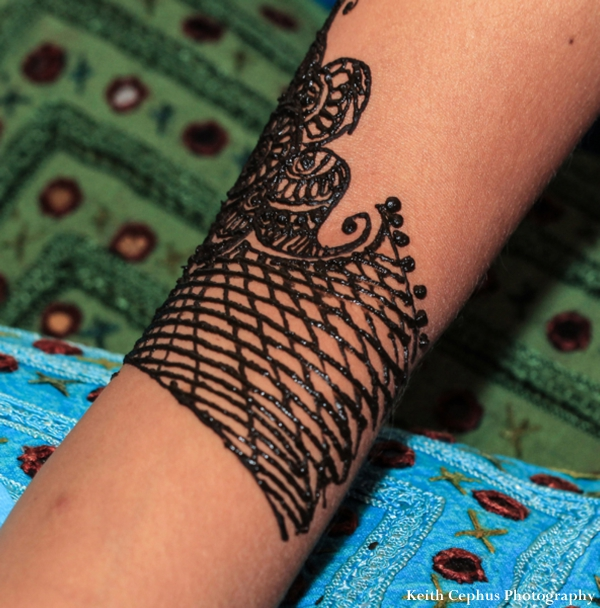 Indian-wedding-mehndi-arm