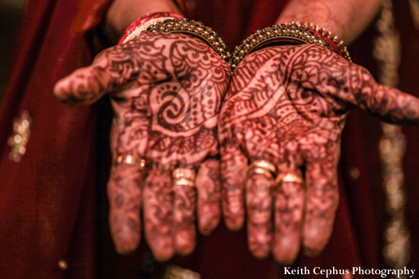 Indian-wedding-mehndi-hands
