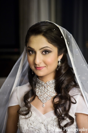 Indian wedding bridal gown jewelry in Chicago, Illinois Pakistani Fusion Wedding by Nakai Photography