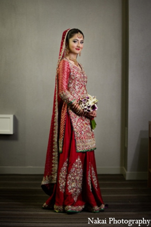 Indian wedding bride photos in Chicago, Illinois Pakistani Fusion Wedding by Nakai Photography