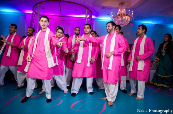 hot pink,white,traditional indian wedding,indian wedding traditions,indian wedding wear,Nakai Photography