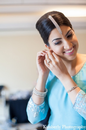 Indian wedding bridal jewelry in Tampa, Florida Pakistani Wedding by Kimberly Photography