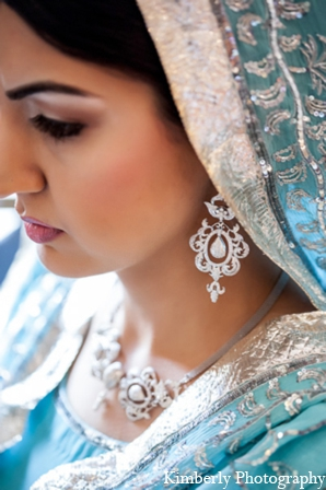 Indian wedding bridal outfit in Tampa, Florida Pakistani Wedding by Kimberly Photography
