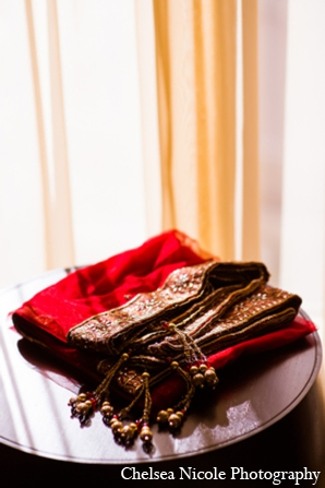 Indian wedding sari red gold fashion clothing
