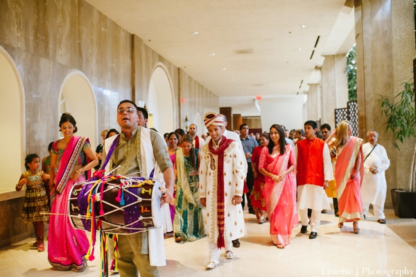 Indian-wedding-baraat-customs-family