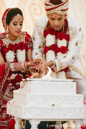 Indian-wedding-ceremony-bride-groom-cake
