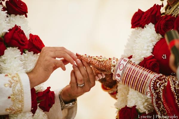 Indian-wedding-ceremony-customs-bride-groom-details