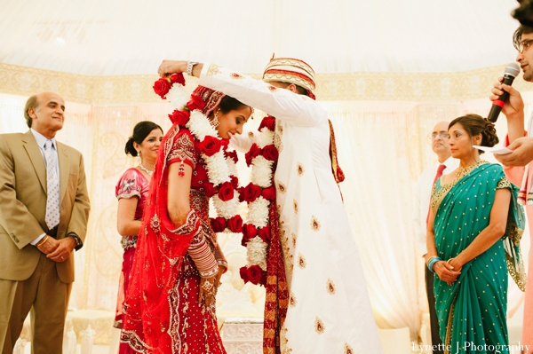 Indian-wedding-ceremony-customs-bride-groom
