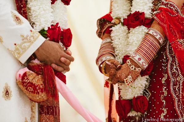 Indian-wedding-ceremony-detail-bride-groom-rituals