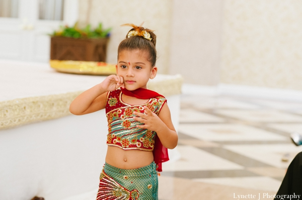 Indian-wedding-ceremony-guests-child