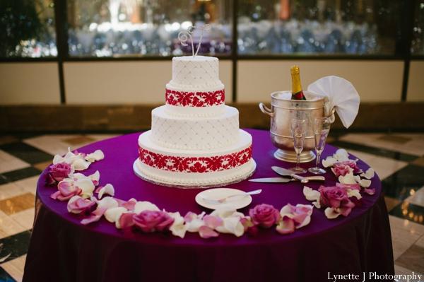 Indian-wedding-reception-white-cake