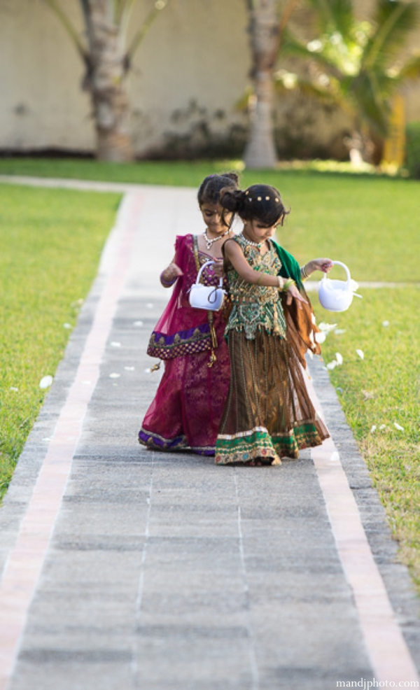 Indian-wedding-flower-girls-mini-maharanis_0
