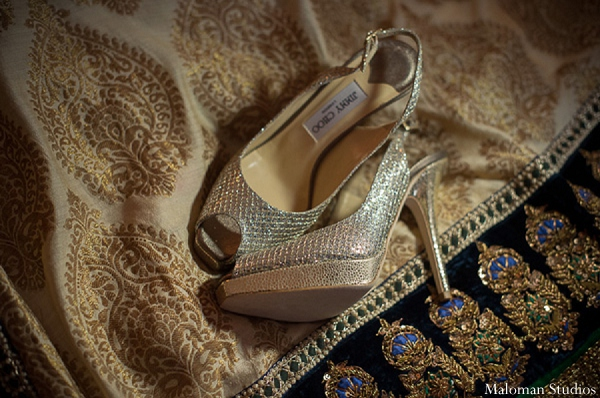 gold,shoes,bridal shoes,bridal accessories,indian wedding outfits,indian wedding outfits for brides,bridal fashion,indian bridal fashion,Maloman Studios