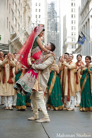 indian bride and groom,venue,portrait,bridal party,indian bride groom,photos of brides and grooms,images of brides and grooms,indian bride grooms,wedding venue,Maloman Studios