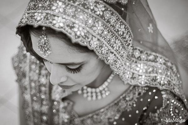 Indian wedding bridal fashion photography clothing in San Antonio, Texas Sikh Wedding by MnMfoto