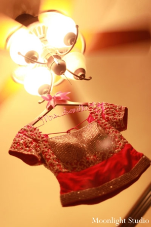 Indian-wedding-bridal-lengha-and-hanger-ideas