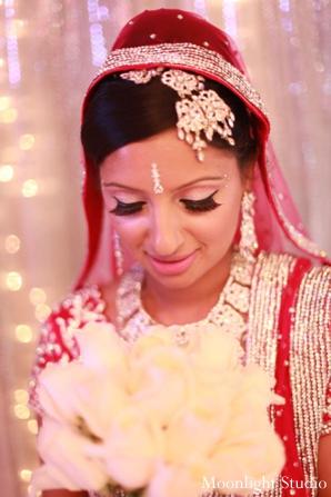indian-wedding-bride-beauty-shot-portrait