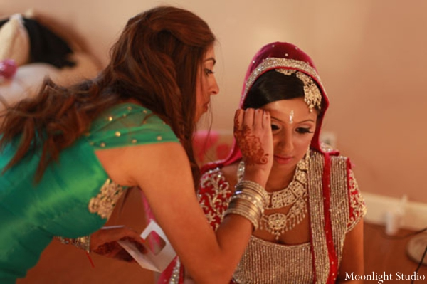 Indian-wedding-bride-getting-ready-ceremony