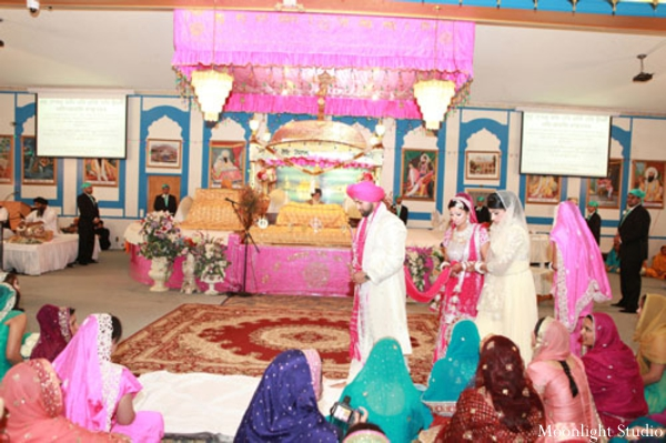 Indian-wedding-ceremony-sikh-bride-groom