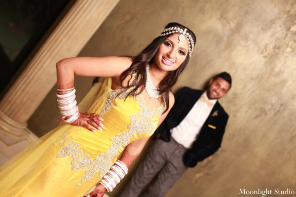 indian-wedding-reception-bride-groom-yellow-dress