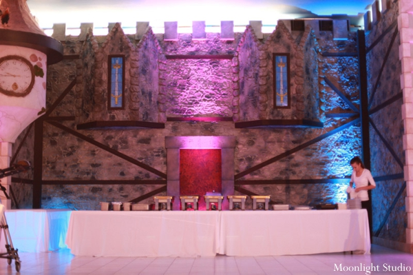Indian-wedding-reception-table-setting