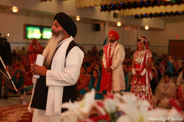 Indian-wedding-sikh-ceremony-tradtional