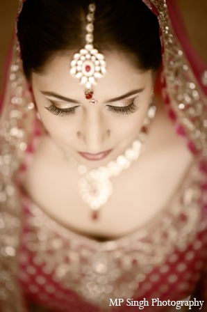 Indian-wedding-maharani-tikka-gold