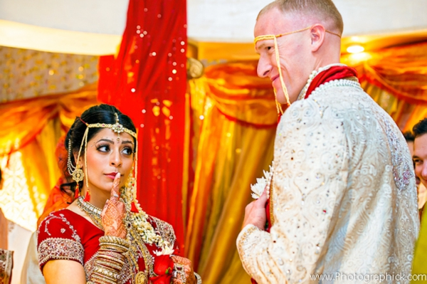 Indian-wedding-bride-groom-fusion-at-mandap