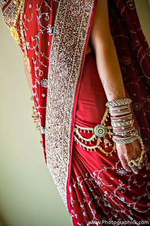 Indian-wedding-lengha-red-tradtional-jewelry