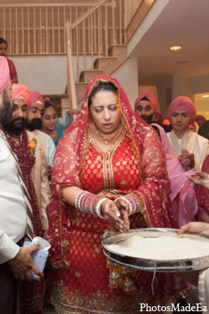 Indian wedding ceremony bride lengha in Philadelphia, Pennsylvania Sikh Wedding by PhotosMadeEz