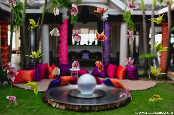purple,hot pink,Floral & Decor,Photography,Planning & Design,ideas for indian wedding reception,indian wedding decoration ideas,indian wedding ideas,Rafa Ibanez Photography