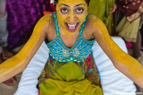 Indian bride gaye holud in Hanover Parish, Jamaica Indian Wedding by Rafa Ibáñez Photography
