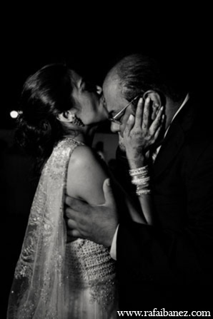 Indian wedding bride in Hanover Parish, Jamaica Indian Wedding by Rafa Ibáñez Photography