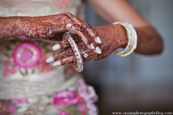 Indian-wedding-getting-ready-bride-mehndi-bangles
