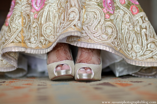 Indian-wedding-reception-bride-floral-detail-shoes