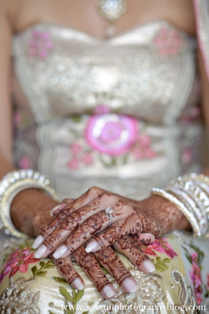 Indian-wedding-reception-bride-floral-mehndi