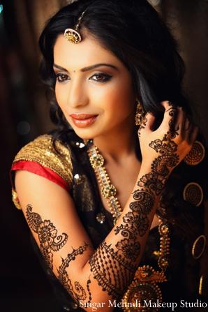 Indian wedding bridal mehndi jewelry